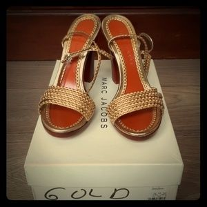 Marc Jacobs gold heels size 7.5